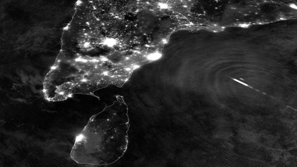 Nighttime image of southern India and Tropical Cyclone Mahasen (NASA/NOAA)