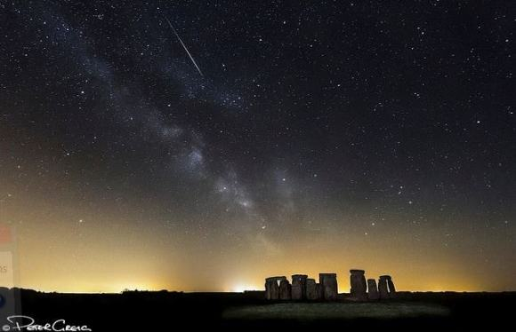 A meteor from the Eta Aquarids flashes over the iconic Stonehenge on May 12, 2013. Credit and copyright: Peter Greig.