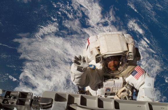 Steve Swanson, commander of Expedition 40, during a spacewalk on 2007 shuttle mission STS-117. Credit: NASA
