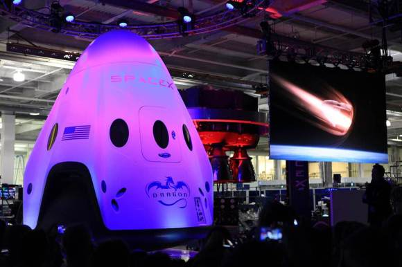 SpaceX Dragon V2 next generation astronaut spacecraft unveiled May 29, 2014.  Credit: NASA