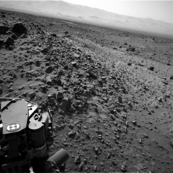 NASA's Curiosity rover looks across a rock field in this raw picture from Mars taken Aug. 8, 2014. Credit: NASA/JPL-Caltech