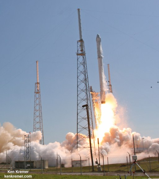 SpaceX Falcon 9 and Dragon blastoff from Space Launch Complex 40 at Cape Canaveral Air Force Station in Florida on April 14, 2015 at 4:10 p.m. EDT on the CRS-6 mission. to the International Space Station. Credit: Ken Kremer/kenkremer.com