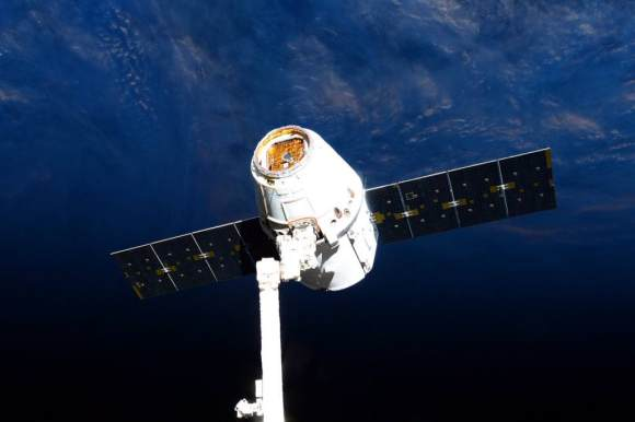 Release of SpaceX-6 Dragon on May 21, 2015 from the International Space Station for Pacific Ocean splashdown later in the day. Credit: NASA/Terry Virts