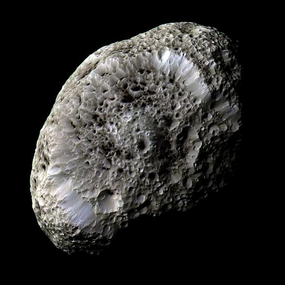 Enhanced-color image of Hyperion from Sept. 26, 2005. (NASA/JPL/SSI)