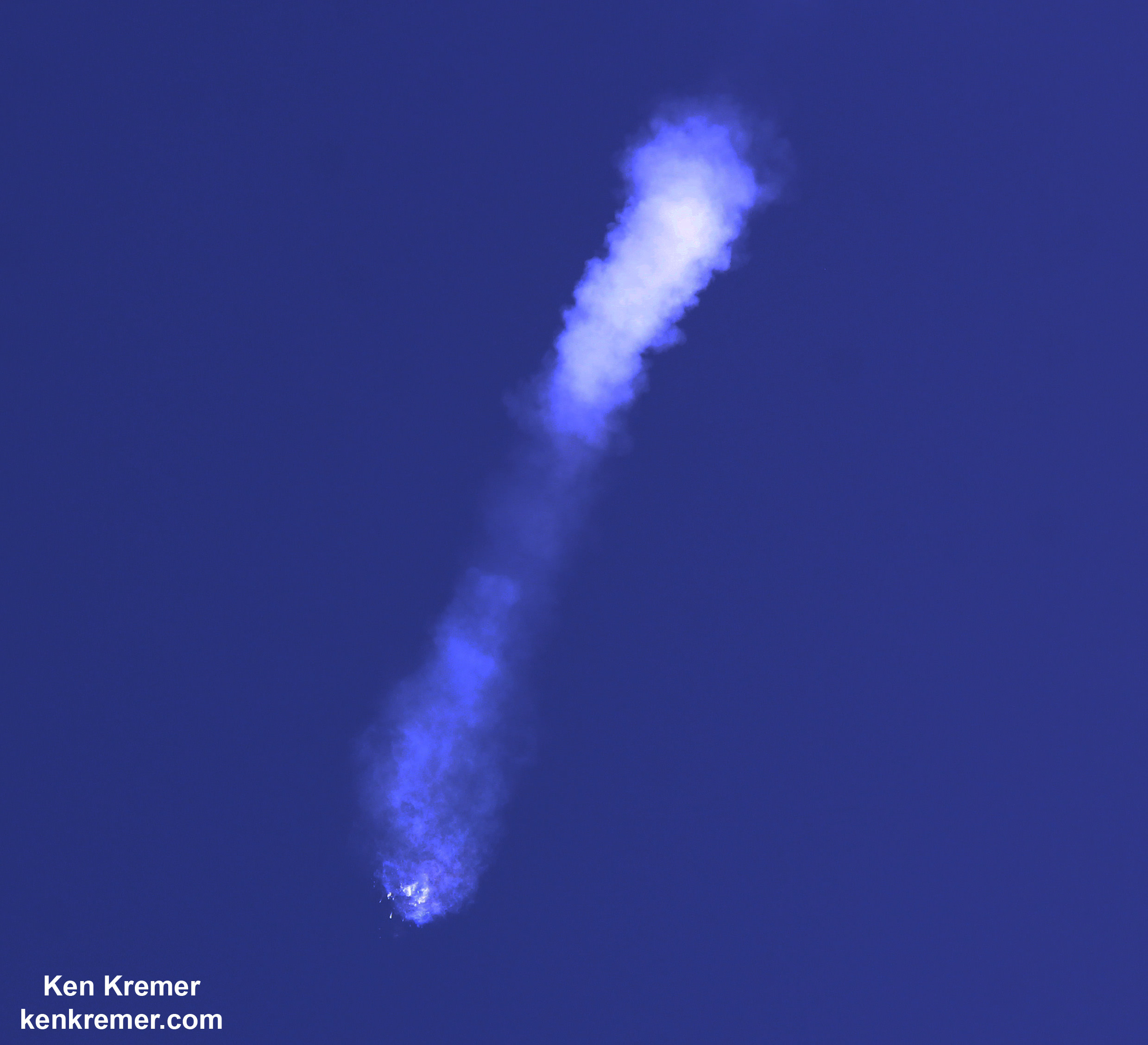 SpaceX Falcon 9 rocket and Dragon resupply spaceship explode about 2 minutes after liftoff from Cape Canaveral Air Force Station in Florida on June 28, 2015. Credit: Ken Kremer/kenkremer.com