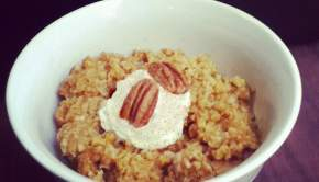 Pumpkin Oatmeal (University Foodie)