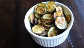 Baked Zucchini Chips (University Foodie)
