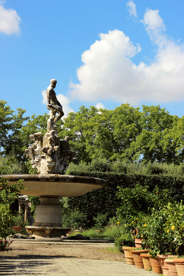 The Boboli Gardens in Florence, Italy | universityfoodie.com