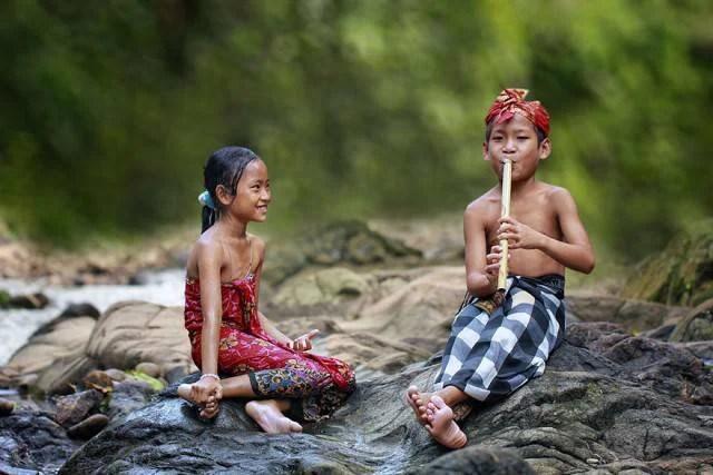 village-life-indonesia-herman-damar-14-e1403259563586