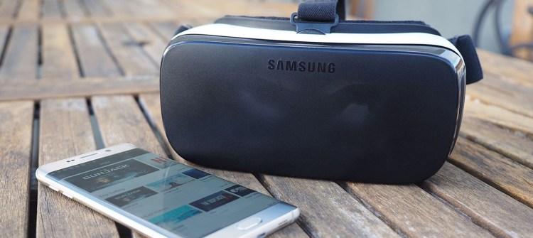 Samsung-gear-vr-2015