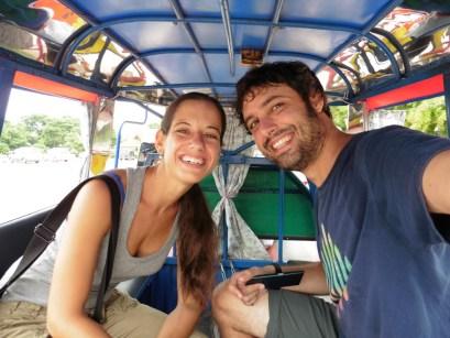 En tuktuk por Vientián