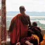 Pagoda de Sutaungpyei en lo alto de la colina de Mandalay