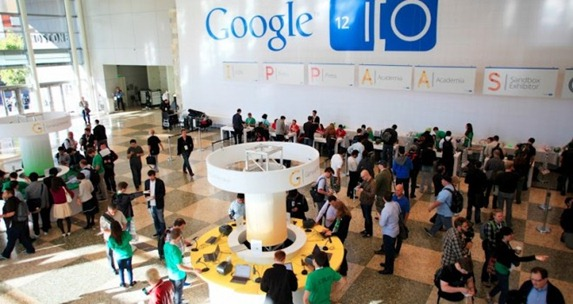 google IO 2012 main hall - unpocogeek.com