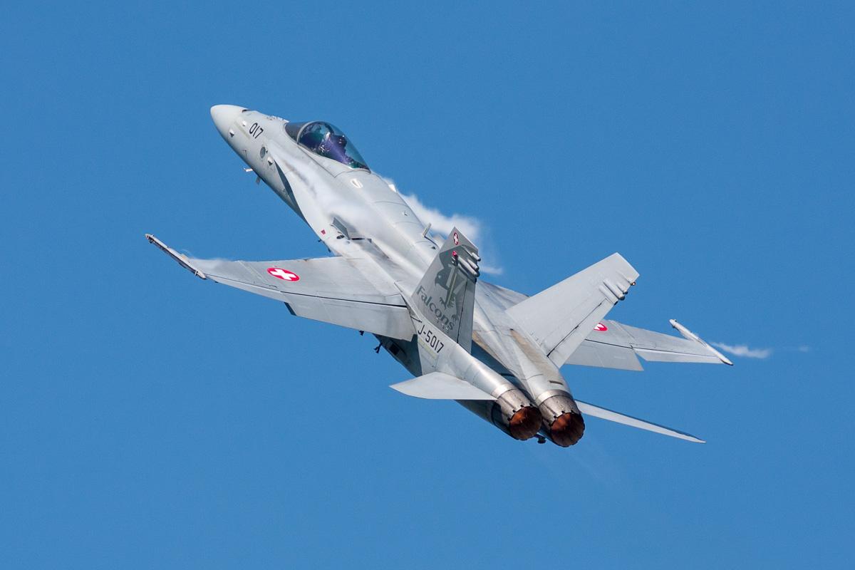 Zwitserse F-18 vermist in Zwitserse Alpen