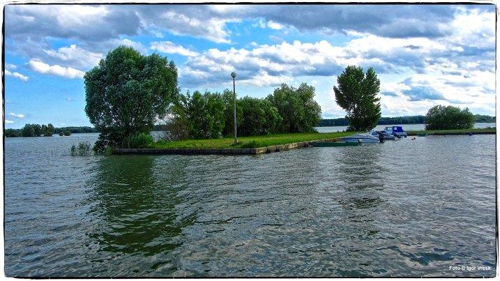 Dubravsko Jezero