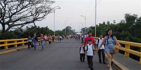 Se reanudó corredor humanitario para escolares en la frontera