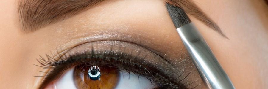 Sencillos remedios caseros que embellecen tus cejas