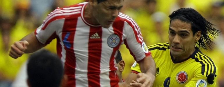 Paraguay convocó 19 jugadores del extranjero para juegos ante Colombia y Argentina