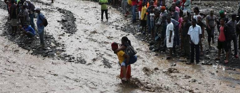 Al menos 108 muertos en Haití por el paso del huracán Matthew