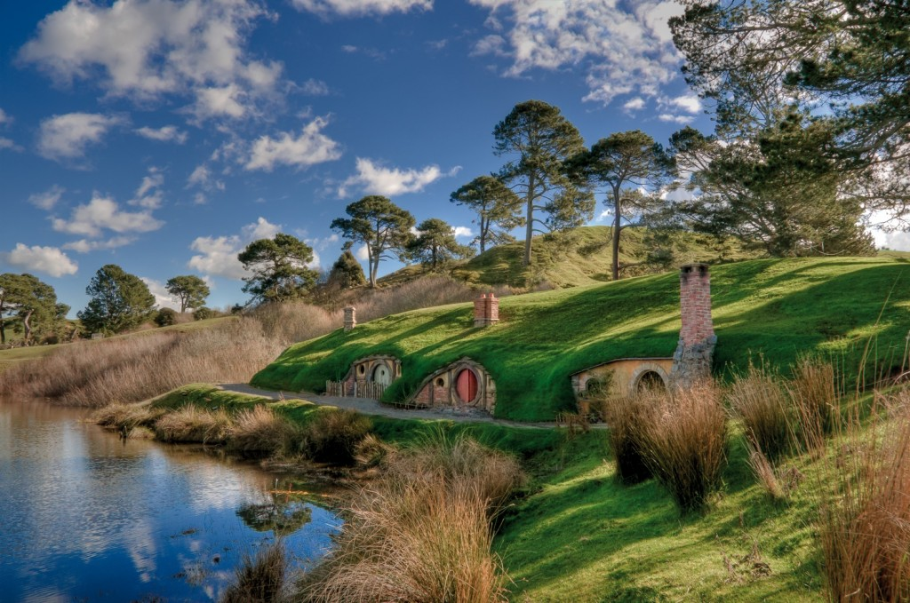 Hobbiton Movie Set 1 C Architecture Hobbite : Tolkien était il un visionnaire ?