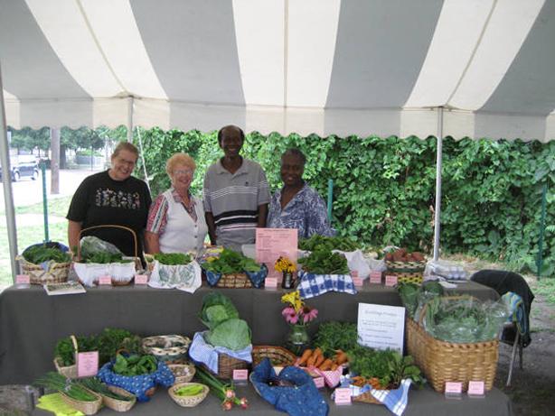 ecovillage_market_gardeners