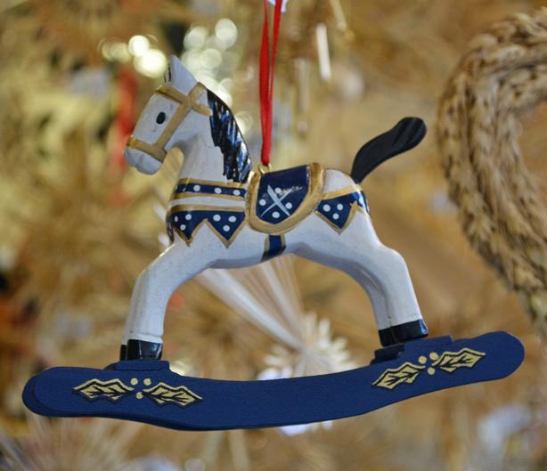 Munich-horse-ornament5