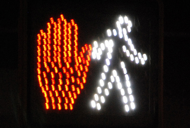 walk-dont-walk-sign-flickr-adam-fagan