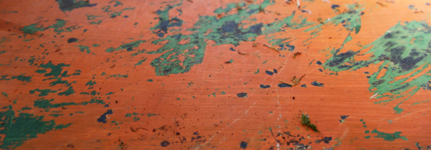 finnegan-gallery-rusted-orange-garden-table-patina-urbangardensweb
