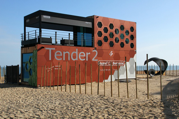Tender2_exterior_614