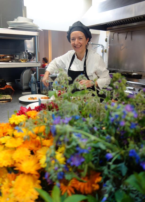 la-calendula-bustos-in-kitchen-urbangardensweb