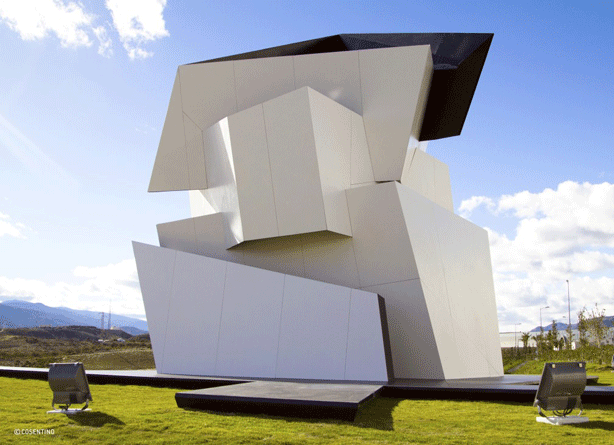 BEYOND-THE-WALL-dekton-sculpture-daniel-libeskind
