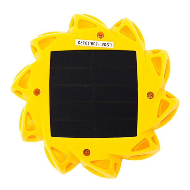 little-sun-solar-lamp-back-flat-from-top-urbangardensweb