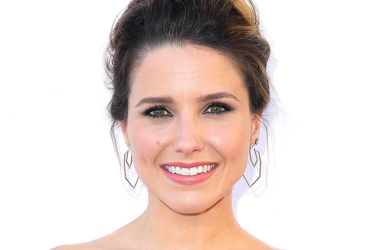 sophia-bush-getty-072715-1276x850