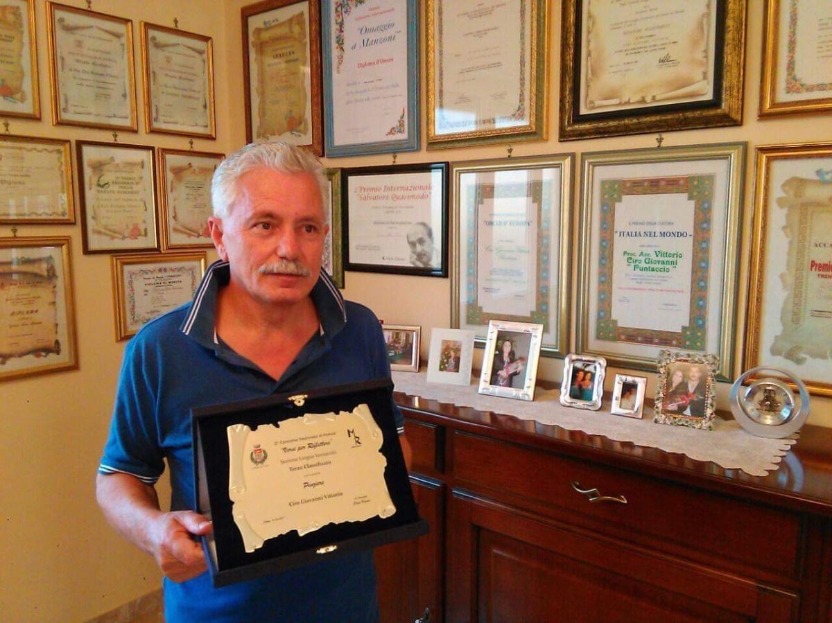 Rotondi | Ancora un premio per il poeta Ciro Giovanni Vittorio