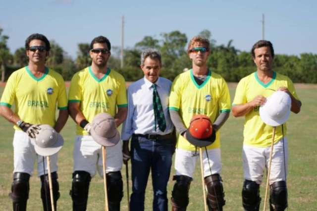 Brazil players Guilherme Lins, Caio Mello, Gustavo Toledo and Flavio Castilho with coach Jose Mirelles.