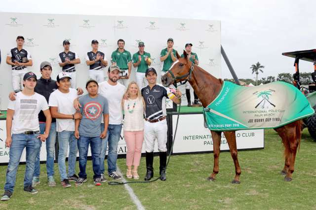 Best Playing Pony Lavinia Castellana owned and played by Hilario Ulloa, award presented by Tarrah Marks Zedower, Sales Manager for Four Seasons Resort Palm Beach.