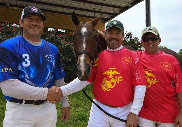 Best Playing Pony, Mina Pud pictured with Pud Nieto, Fabian Vela, and Lalo Ramirez.