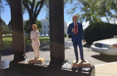 clinton-trump-dolls