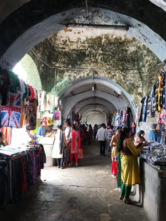 Diu's Flea Market. Sure, you may not like to buy anything from here but when we were in our teens, it was fun to buy a wrist watch for Rs.65 or Shoes for Rs.100 from here! Seems nothing has changed.