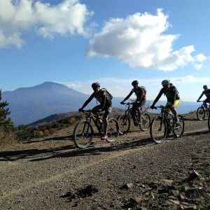 Hike and Bike tour Etna-Mare