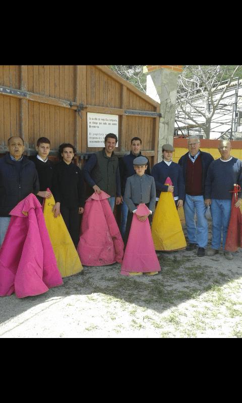Escuela de tauromaquia de Nimes/escuela taurina de Cataluña