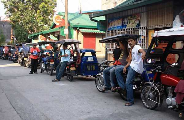 Tricycles in queue