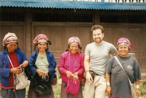 travel to laos for free