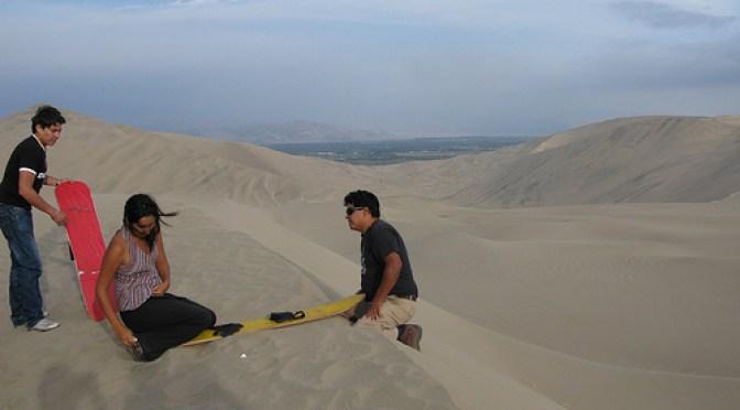 Sandboarding Instructions in Peru ccImage by Palegoldenrod on Flickr