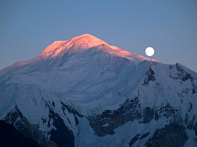 Moonrise over Kangri Peak in Concordia