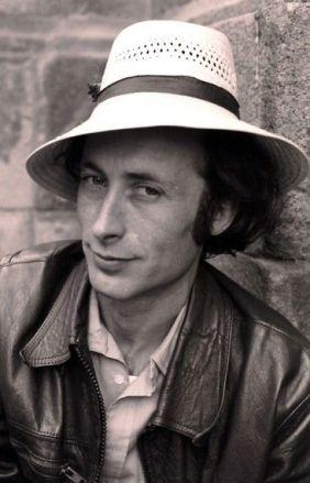 El poeta Aníbal Núñez