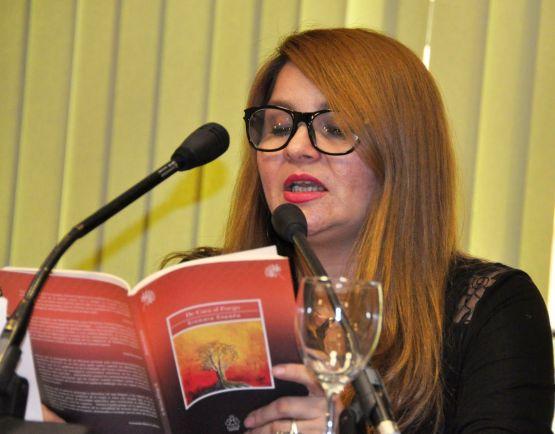La poeta Siomara España.