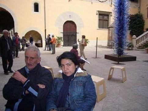 El poeta Leopoldo María Panero y la poeta Ofelia Huamanchumo en España 2008.