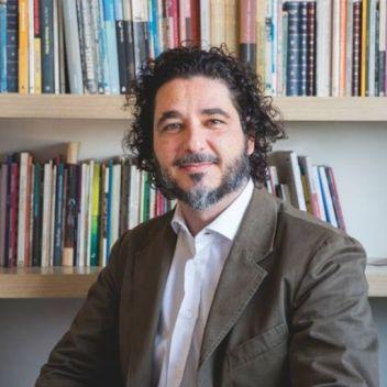 El poeta Kaio Carmona