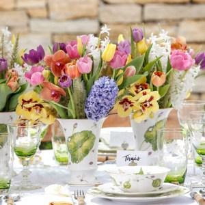 mesa para almoco no jardim com pecas tania bulhões